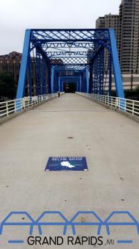 Blue Bridge Selfie Spot
