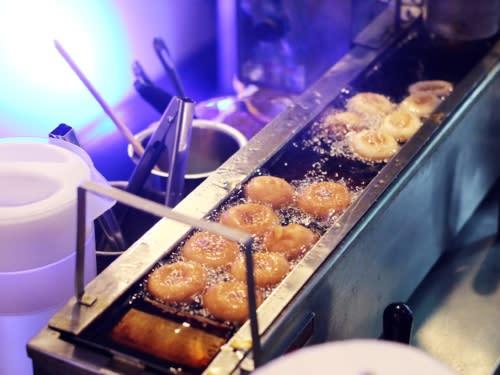 hampton inn donuts