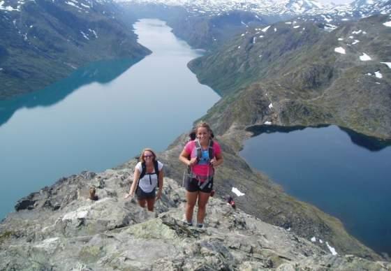 Hike Besseggen and stay at Bessheim Fjellstue