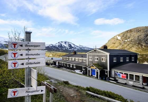 Gjendesheim Tourist Lodge