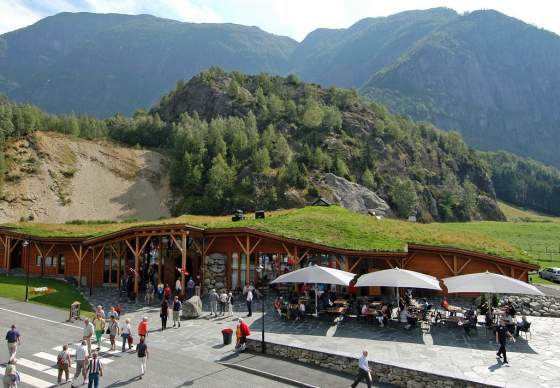 Hardangerviddahallen Restaurant / Cafe