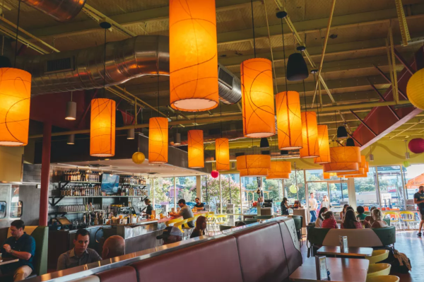 snooze an am eatery interior with diners