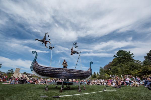 PVDfest - Australia's Sway Poles performance