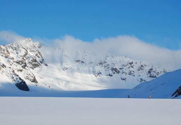 Summer ski expedition: Experience Svalbard with skis and pulk - Svalbard Wildlife Expeditions