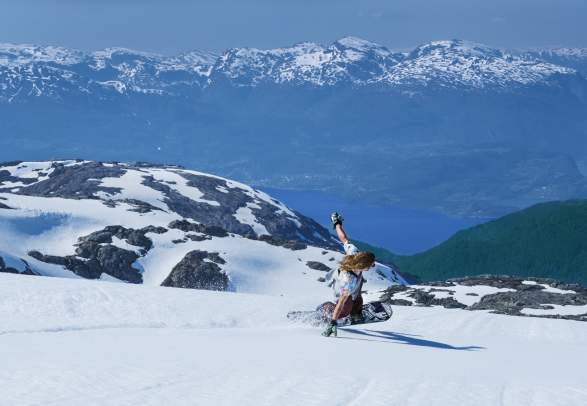 FONNA Glacier Ski Resort, summer ski