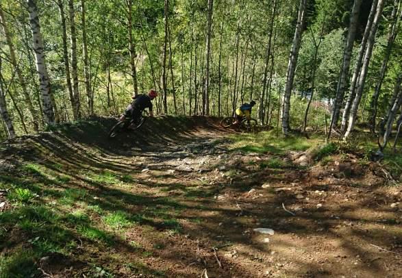Mountain biking in Hjelledalen, Stryn