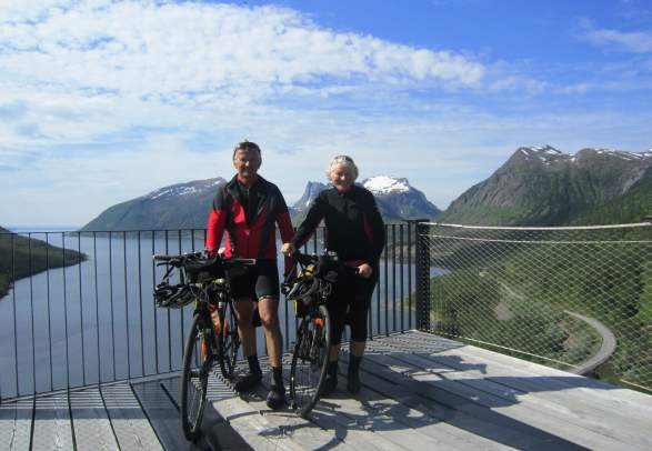 Senja - cycling roundtrip | Discover Norway
