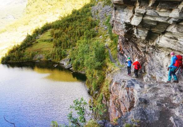 Hiking in the Aurland Valley