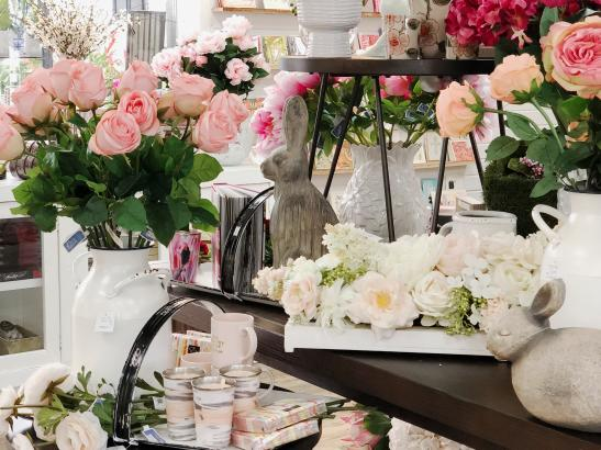 A full service florist > credit AB-Photography.us.