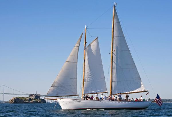 Madeleine Sail