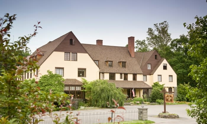 Bed Breakfast/Country Inn in the Pocono Mountains