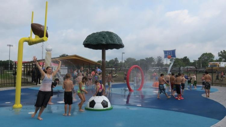Kids playing at Powell Station Splash Pad