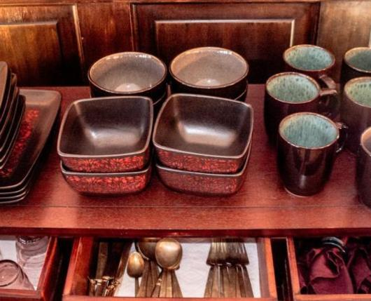 HistoricBennerMansion_Dishes