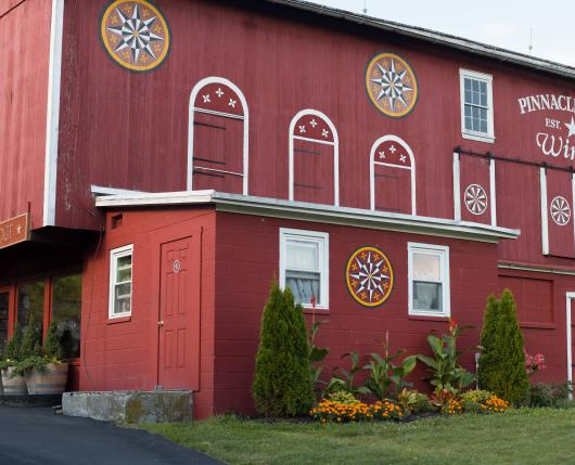 Pinnacle Ridge Winery - exterior of barn