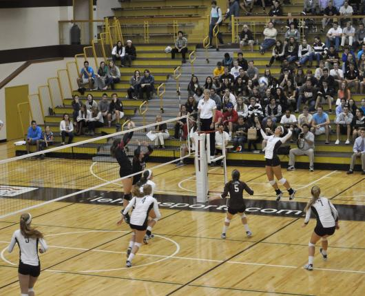 Grace Hall Volleyball 02