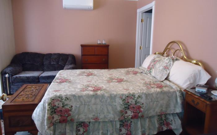 Marquis de Lafayette Room at Fox Castle Bed and Breakfast