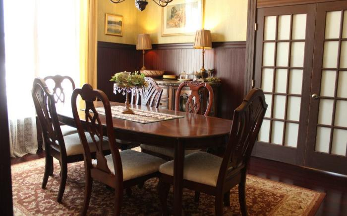 The intimate West dining room