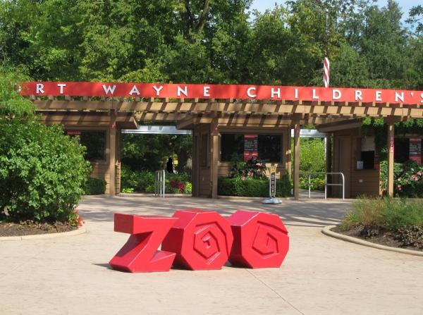 Fort Wayne Children's Zoo Welcome Sign - Autumn 2016