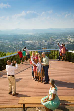 Mill Mountain Overlook