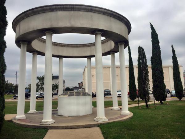 Italian American Society Piazza
