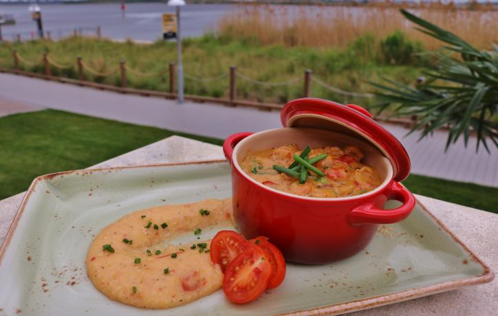 Golden Nugget Crawfish and Grits   Recipe