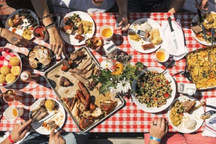 Windy City Smokeout plates of food