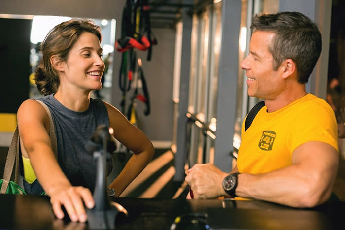 Results film screen capture with Cobie Smulders and Guy Pearce