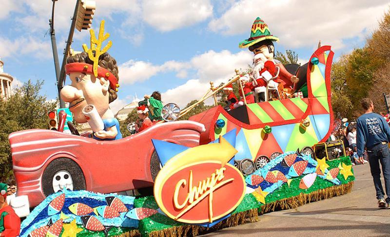 Chuy's Christmas Parade