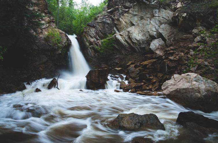 Hardy Falls