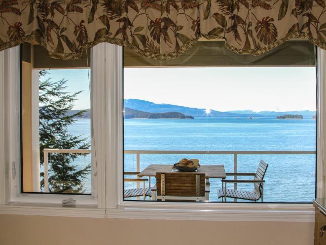 Suite bedroom window view