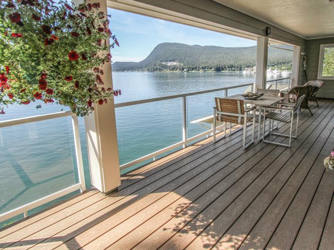 AKNS Penthouse Suite Deck
