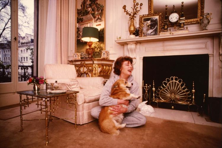 Ava Gardner London Corgi