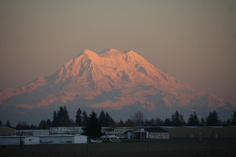 Tumwater Airport Mount Rainier