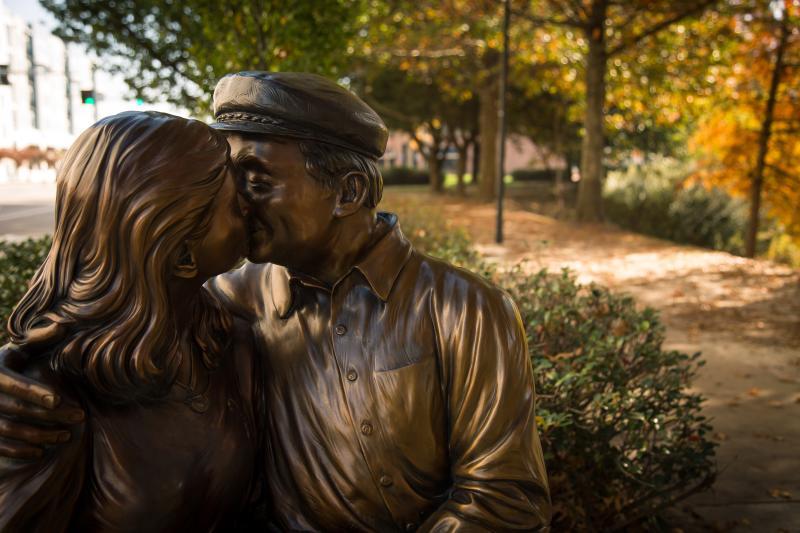 The Kiss Town Center Park Sculpture