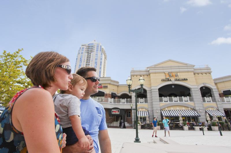 Town Center Virginia Beach Family