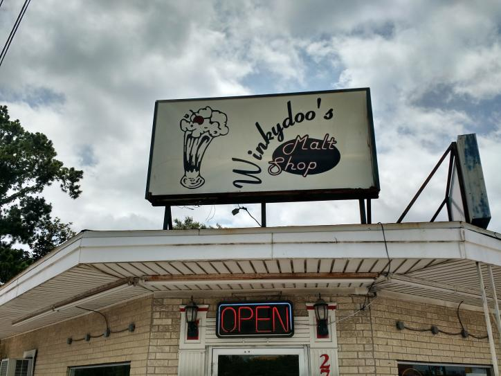 Winkydoo's Malt Shop   Sulphur, LA