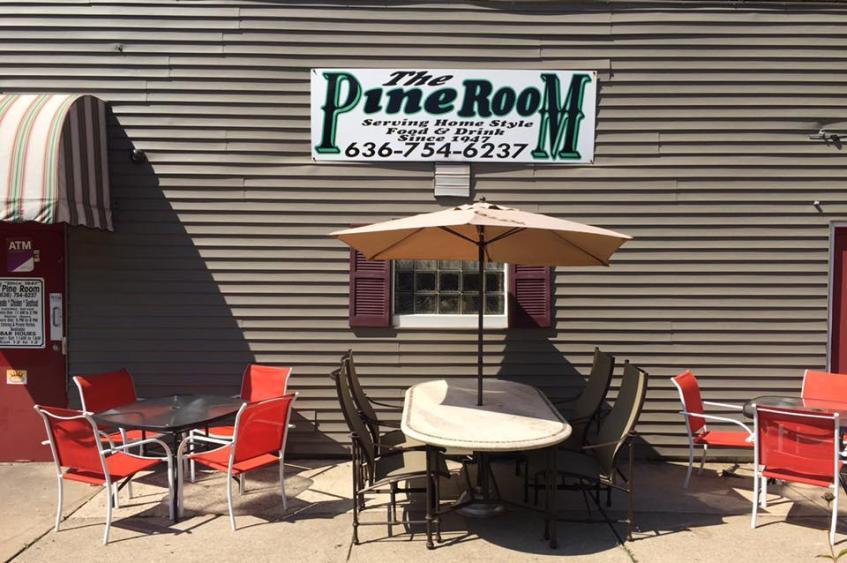 Pine Room Bar & Grill