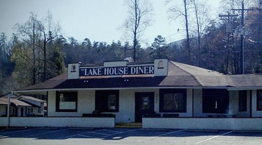 497Lake_House_Diner.jpeg