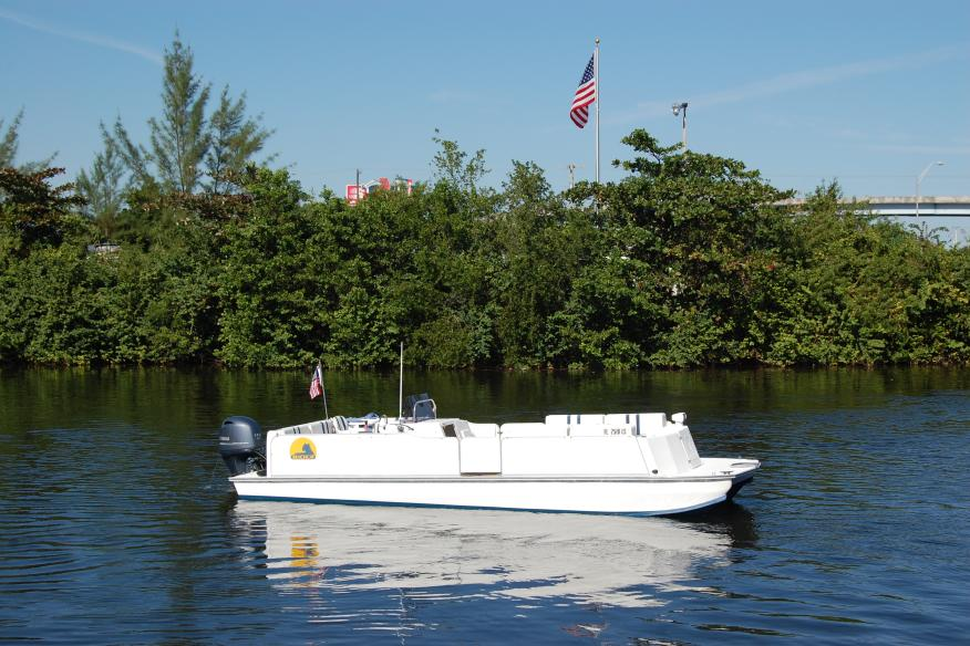 BeachCat 26 in the Dania Cut Off Canal