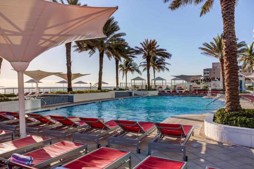 Hilton Pool - New photo