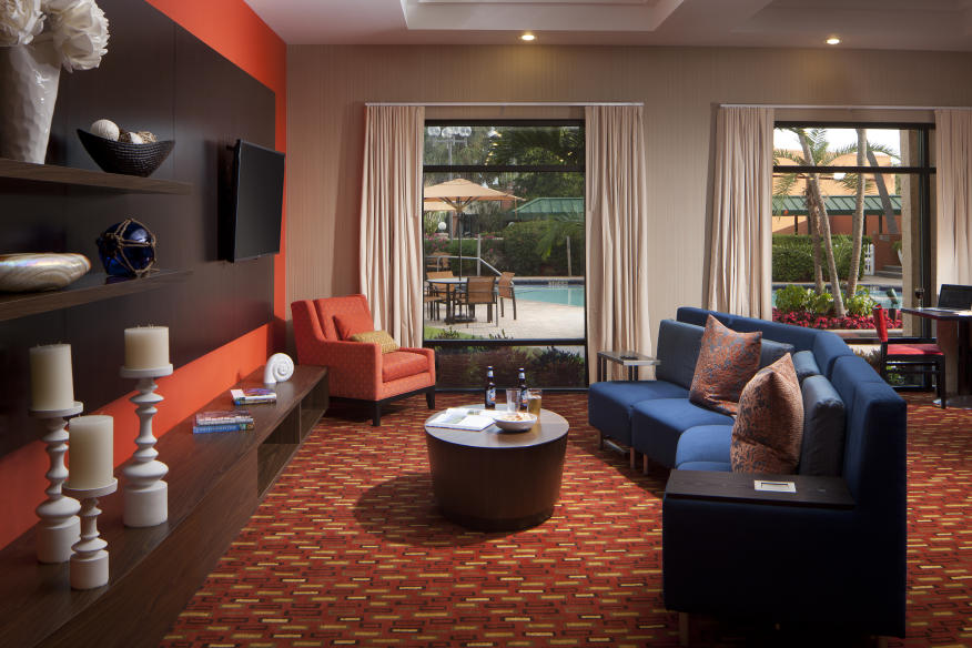 Enjoy our hotel in North Fort Lauderdale