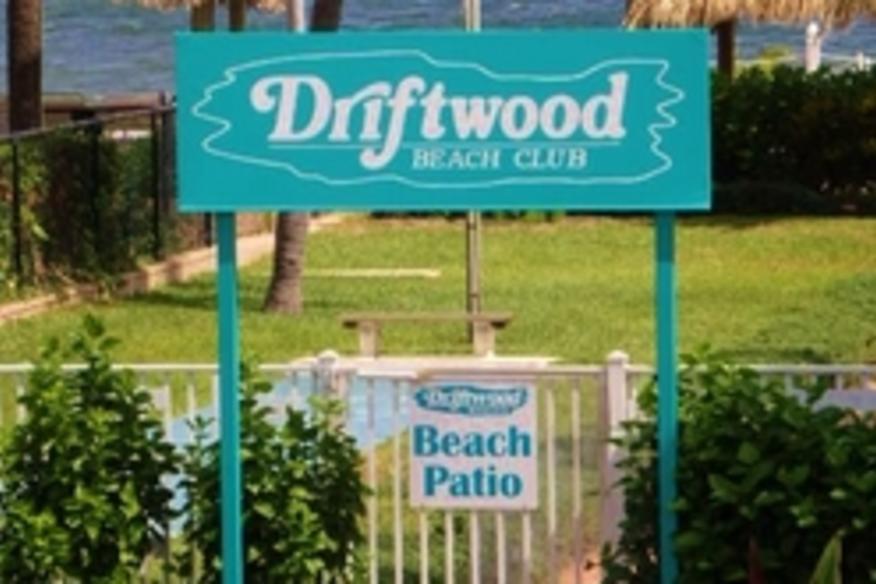 Driftwood Beachside