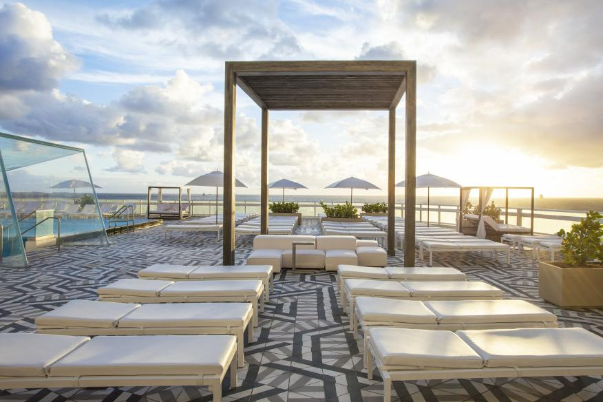 W Fort Lauderdale WET East Oceanfront Pool Deck