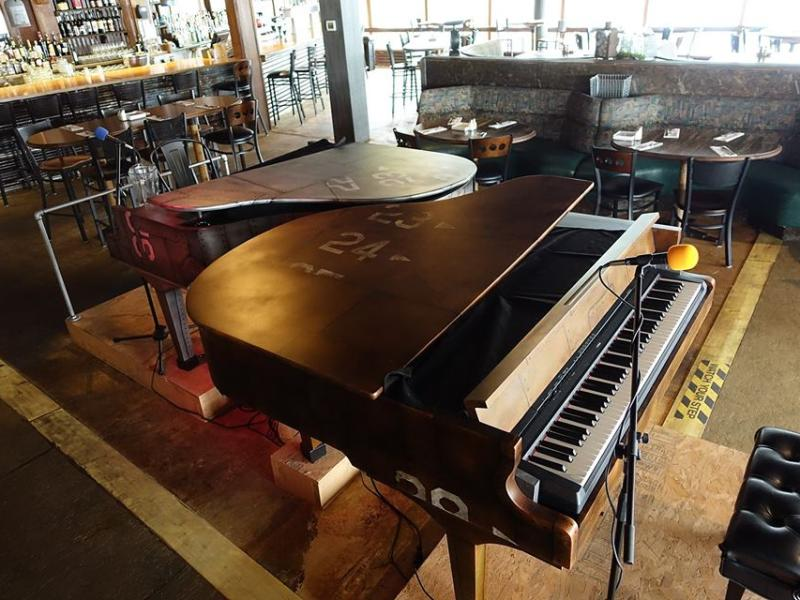 warehouse 23 piano