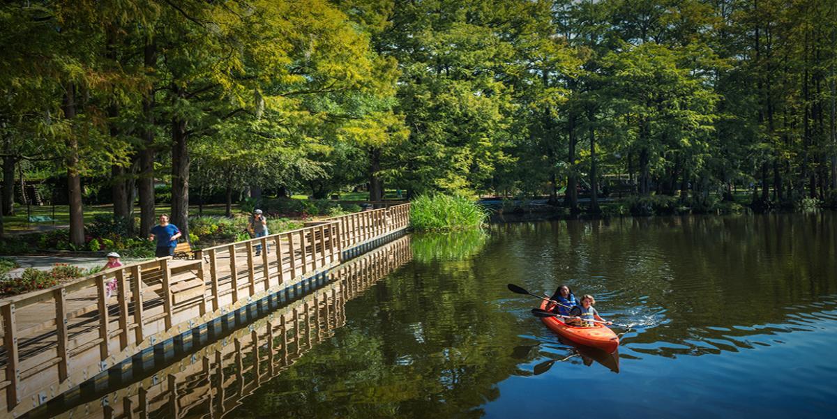 Greenfield Lake Fall