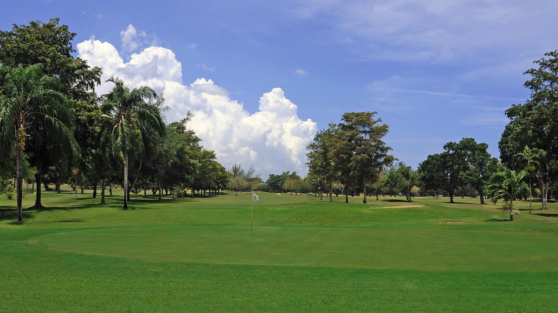 Runaway Bay Golf Club2