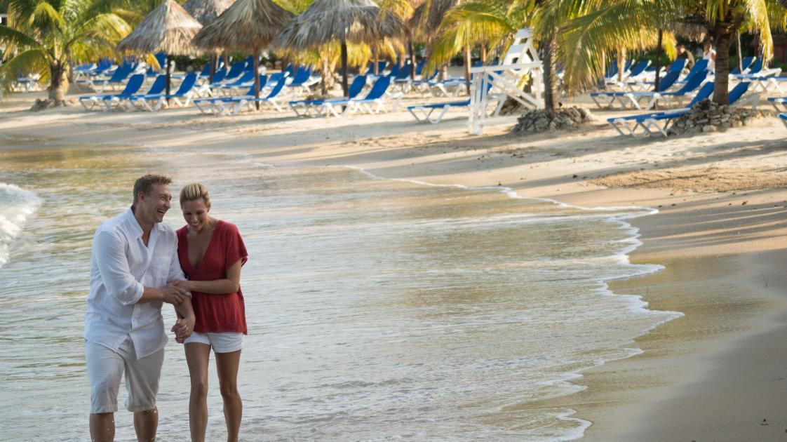 Jewel PC Beach Walk at Sunrise Cropped