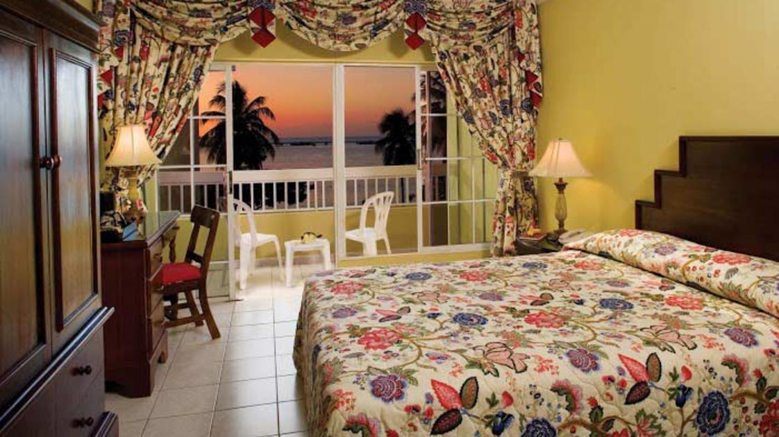 Oceanview-with-Balcony