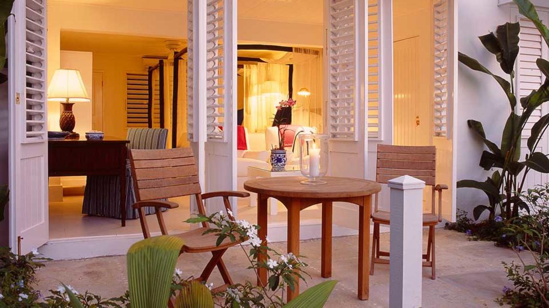 Round Hill Hotel & Villas6