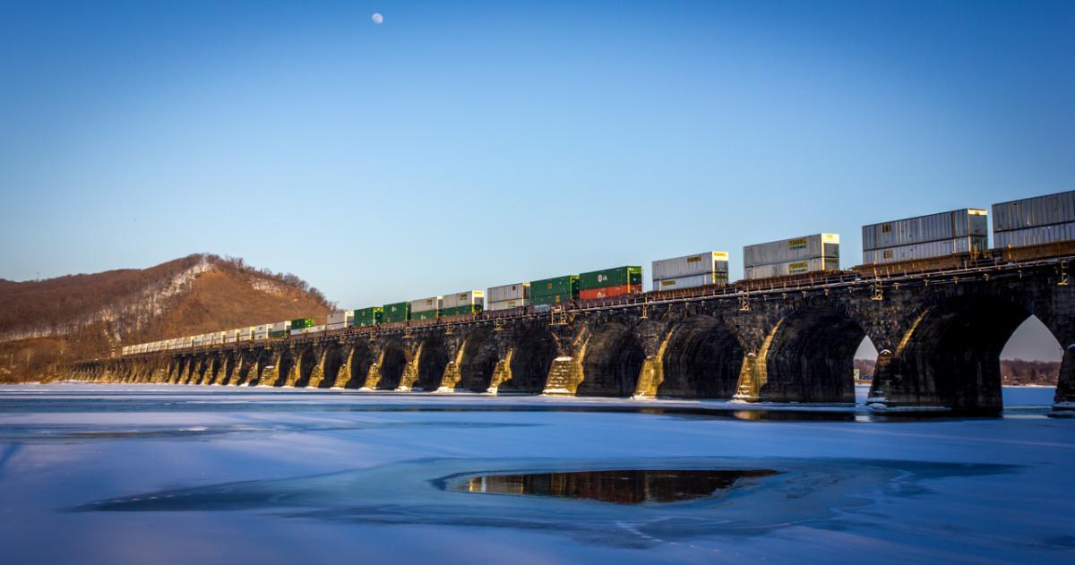 Train on the Rockville Bridge
